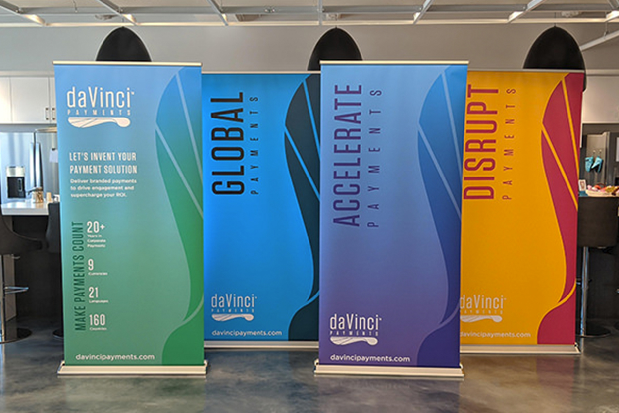 Retractable Customizable Banner Stands